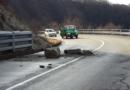 Val Ceno: caduta massi lungo la provinciale questa mattina.
