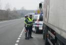 Al volante come uno schiavo: fermato camionista ubriaco